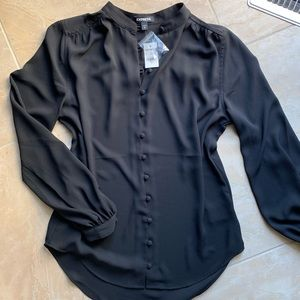 NWT Blousen Sleeve Covered Button-up Shirt